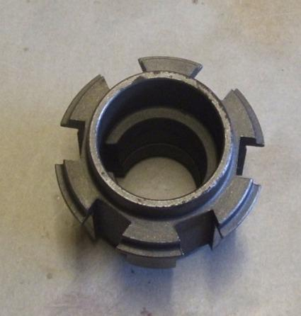 BSA Hub Clutch for 6 spring clutch, sleeve BSA A7. A10. B31. B32. B33. B34 Gold Star Swing. Arm 1954