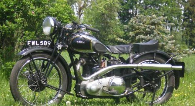 Ariel 1938 Red Hunter 500cc
