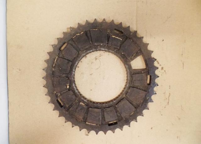 Clutch Chainwheel 42T used. Villiers